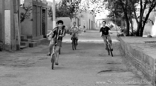 The kids of Khiva