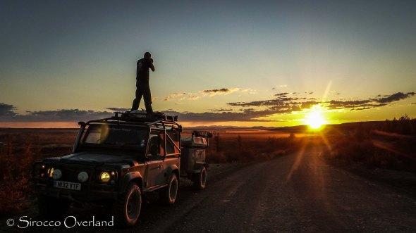 Road of Bones, Kolyma Highway, sunset, LAnd Rover, Defender, 90, overland, adventure